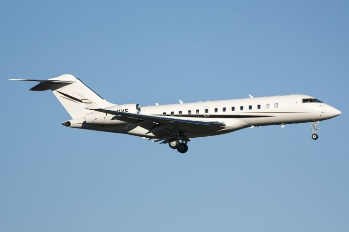 Bombardier BD-700 Global Express